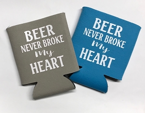Beer Never Broke My Heart.  Collapsible Can Cooler / Coozie