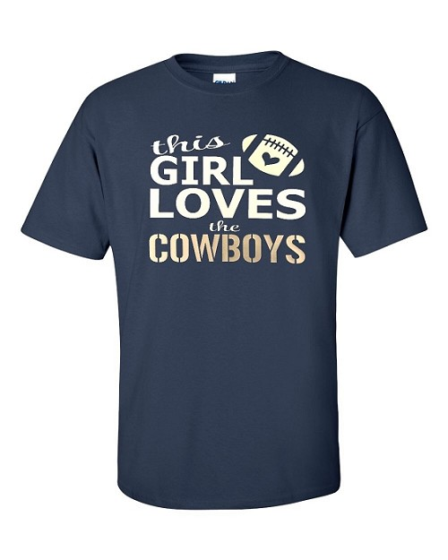 This Girl Loves The Cowboys.  Men's / Universal Fit T-Shirt